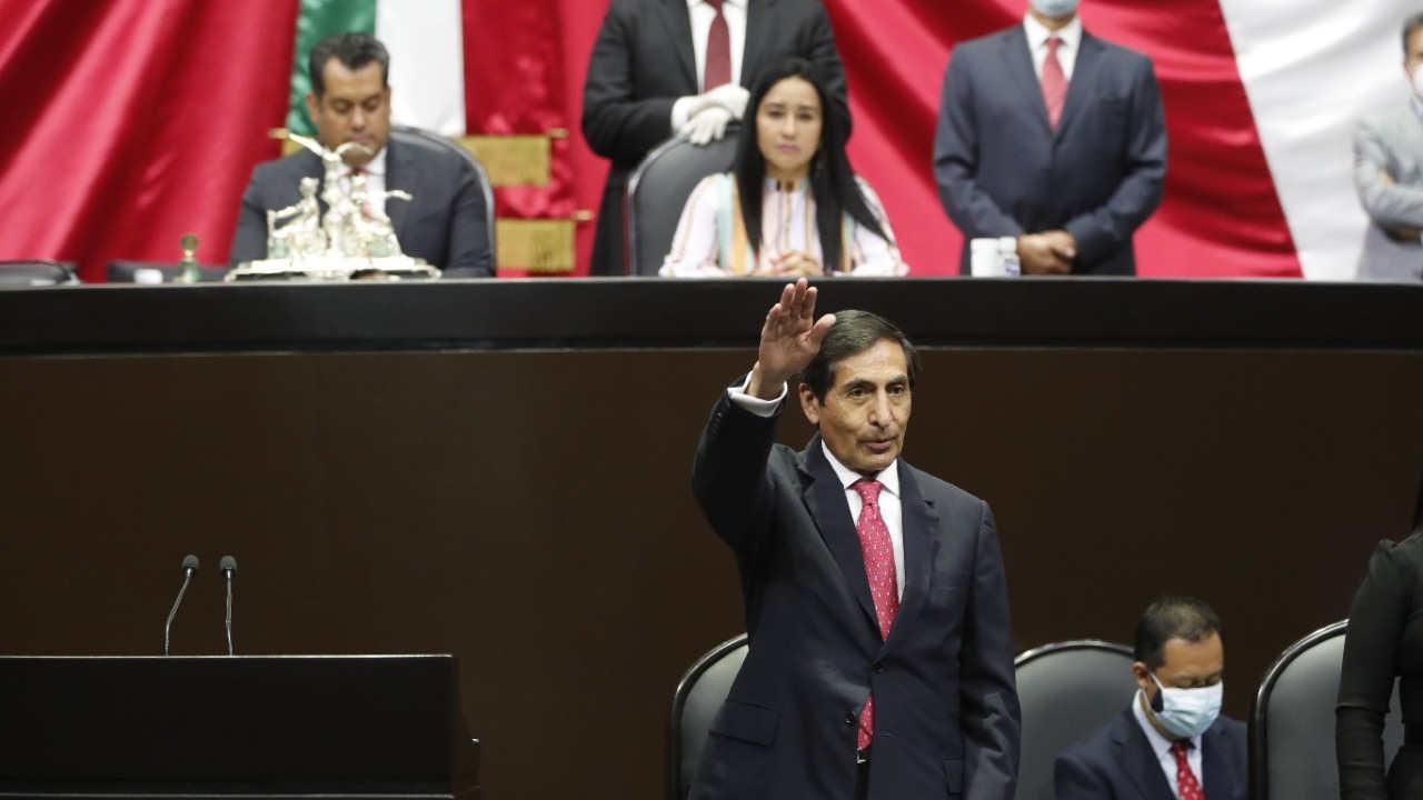 Ramírez de la O: Cancelar proyectos del gobierno traería problemas a finanzas públicas