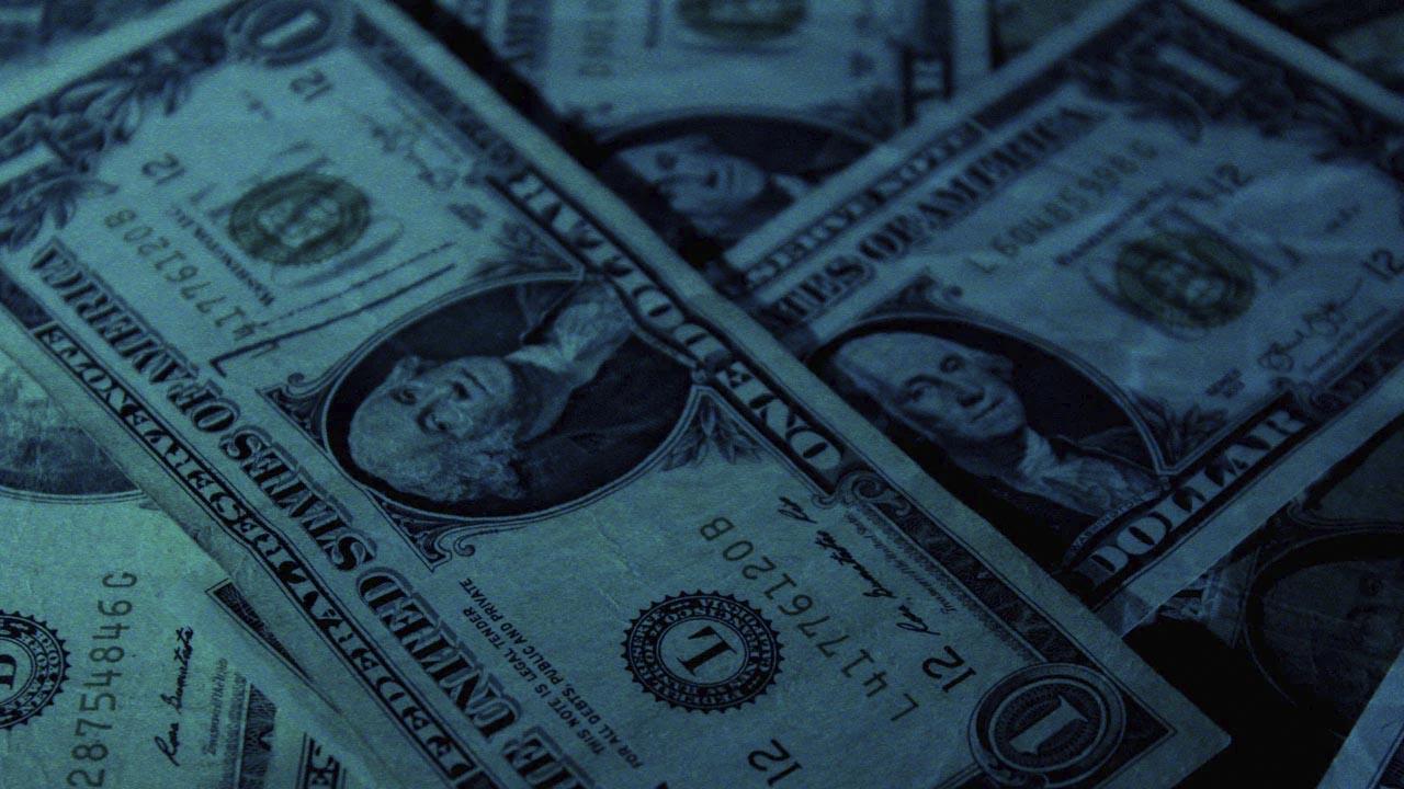 La cotización dólar baja al cerrar la semana