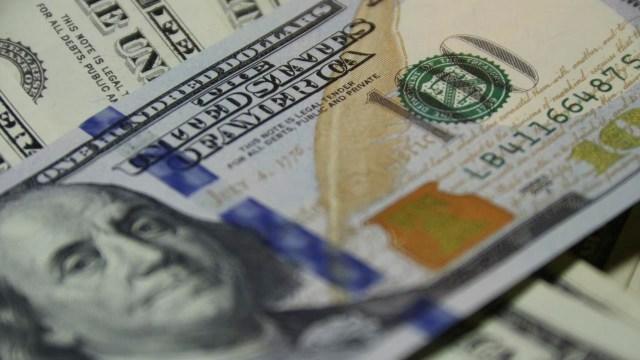 El precio del dólar inicia con ganancias