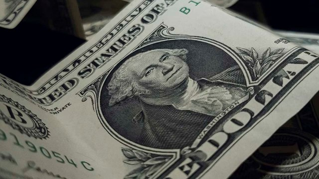 El precio del dólar mejora hoy