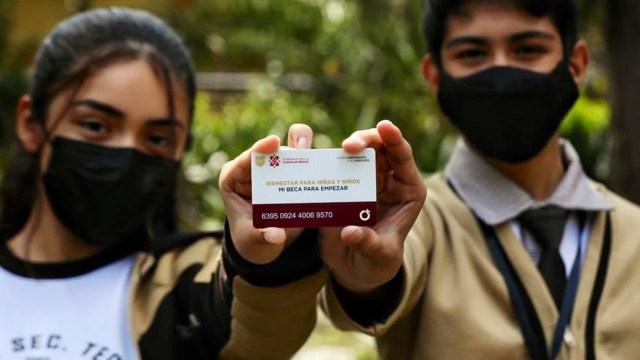Se entregarán nuevas tarjetas a alumnos