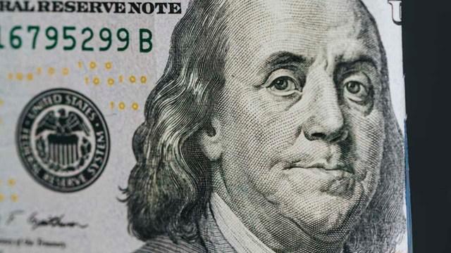 El precio del dólar continua a la alza