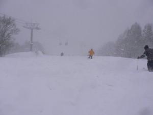 新雪50cm視界不良の牛首コース