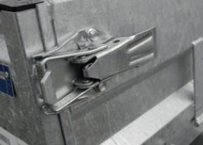Trailer latch