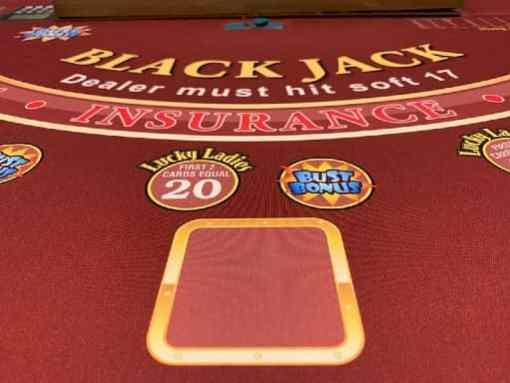 ラッキーニッキーで遊べるブラックジャック一覧
