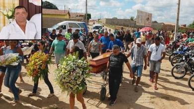 Photo of Penaforte-Ce: Mototaxista é sepultado com homenagens de colegas de trabalho e amigos