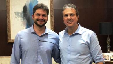Foto de Guilherme Landim tem longa (e produtiva) reunião com o governador Camilo Santana