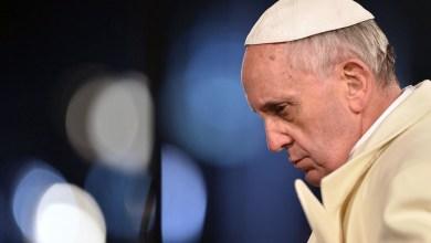 Foto de Sugestão ao Papa: Vítima de pedofilia nos EUA sugere que Papa renuncie; Veja