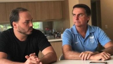 """Photo of """"Como dar a (pii…) sem sentir dor"""": Carlos Bolsonaro gera polêmica com declaração sobre curso de Humanas"""