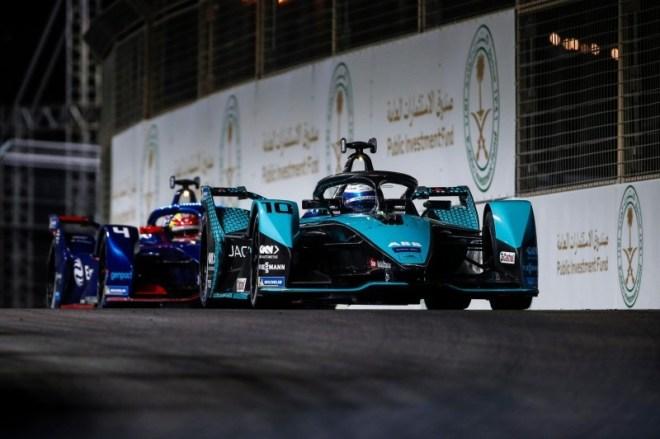 «فورمولا 1».. السعودية تبني رياضة السيارات في المنطقة – أخبار السعودية