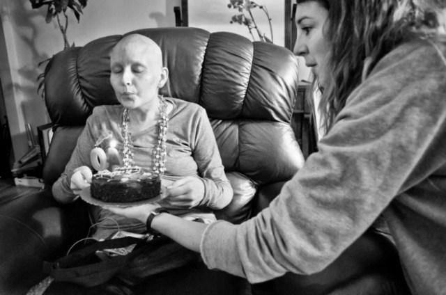 fotografo retrata a su esposa con cancer hasta que muere (23)
