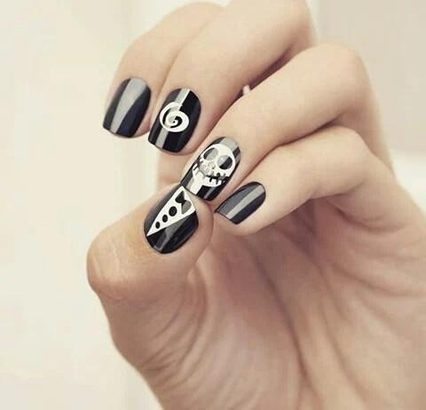 Diseño de uñas para halloween de Jack