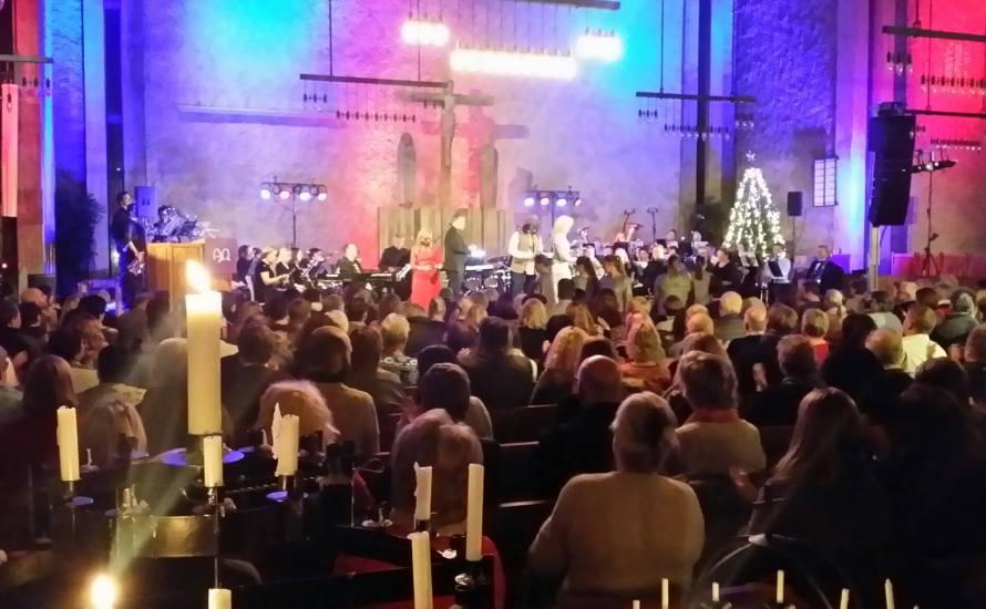 Den årlige julekonserten i Sinsen kirke avholdes torsdag 13. desember, på selveste Luciadagen, kl.18-19. På podiet står både Sinsen Ungdomskorps og Barnekoret Flexus, og dessuten solisten Randi Strøm Andersen. Priser: […]