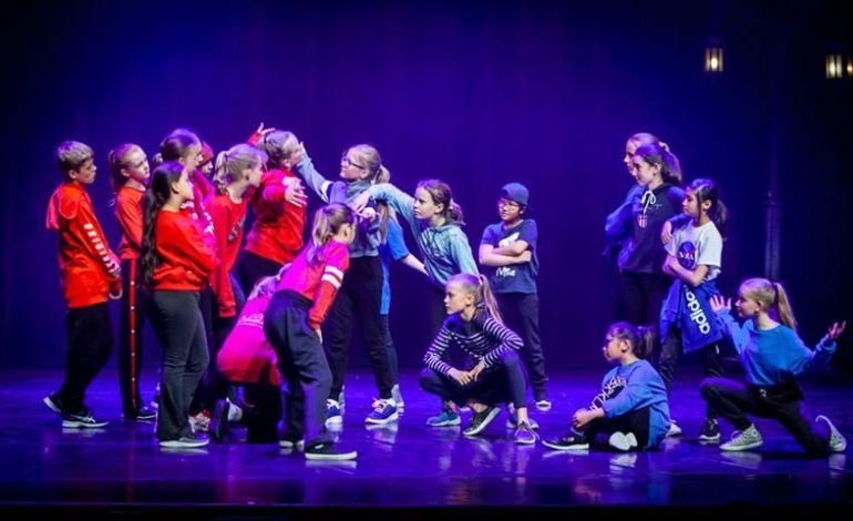 Danseskole for barn på Løren Skole