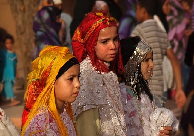 Berberyjki w tradycyjnych strojach 02 02
