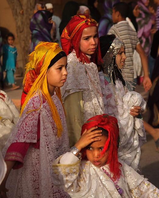 Berberyjki w tradycyjnych strojach 02
