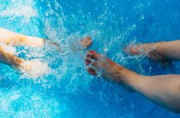Eau de piscine verte: Pourquoi