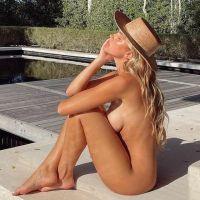 H Kara Del Toro … σε γυμνή φωτογράφηση !