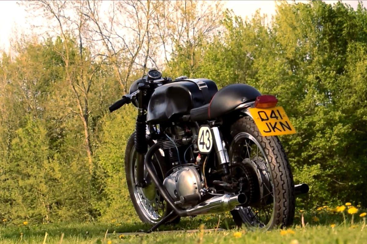 Strast za britanskim motociklima - Joe Cowell