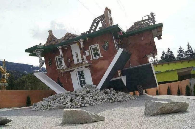 autriche des photos renversantes d une maison sur la tete