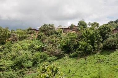 Village près de Paï