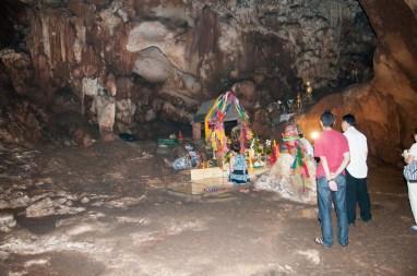 ces grottes sont sacrées