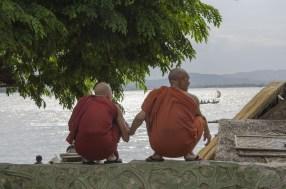 le long de l'Irawadee