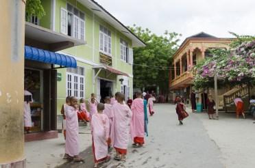 Ecole monastique, Saipan