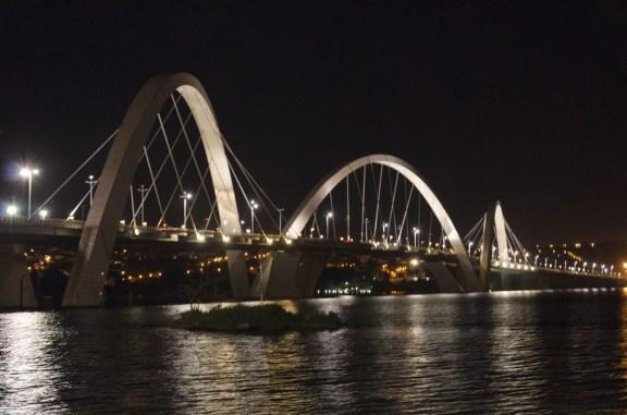 Pont JK, , sur le lac Pontao