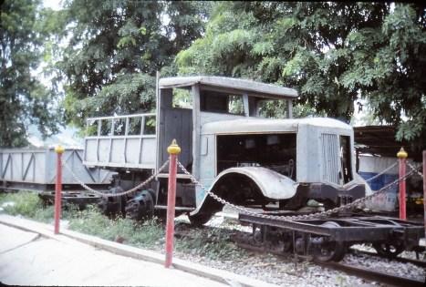 GMC transformé en locomoteur