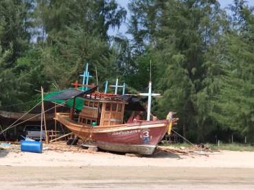 Plage de Pranburi (Sam Roy Yot)