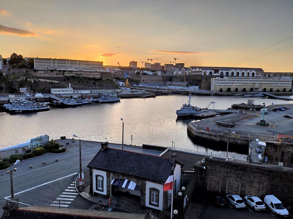 Brest, sunset sur Penfeld