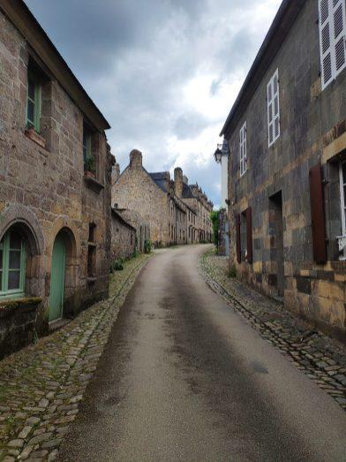 Rue de Daoulas, près de l'abbaye
