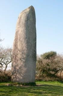 Menhir près de la Pointe de Corsen