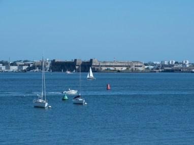Lorient (base de sous marins) vu depuis Port Louis