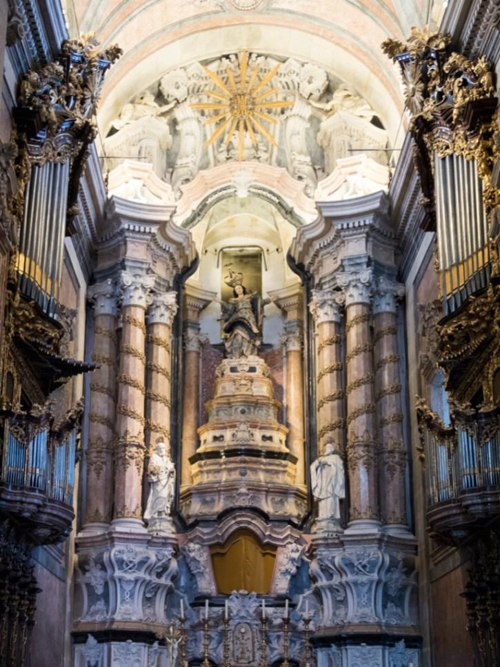 Porto: église Congragados (intérieur baroque)