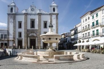 Evora place Do Giraldo