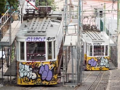 Lisbonne: ascenseur de Gloria