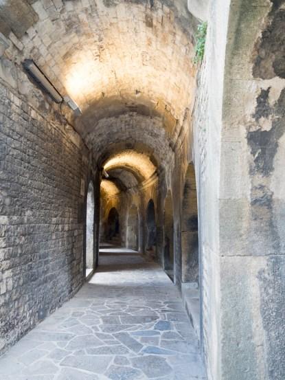 Nîmes Arènes les vomitoires