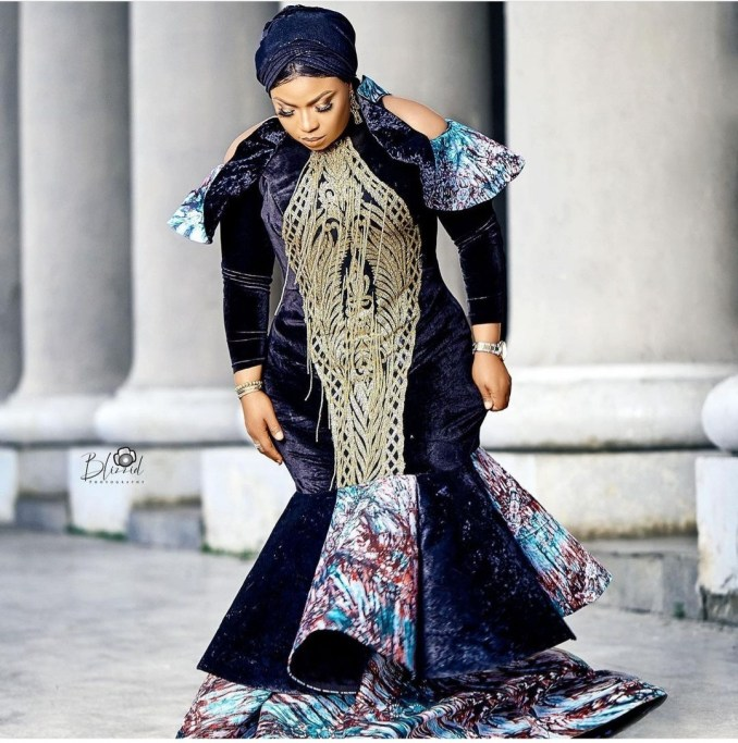 """""""Did you offend the camera man?"""" Nigerians react as actress Laide Bakare shares birthday photos"""