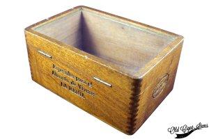 Cuban Glass top box PITA Hnos - Back side