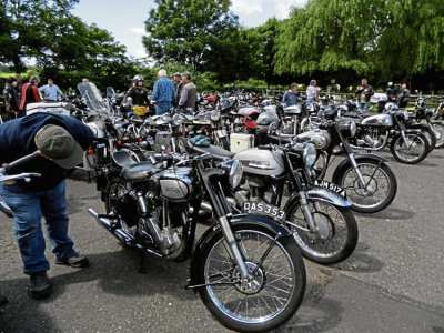 A sea of Nortons to delight the eye converge on the Sammy Miller Museum.