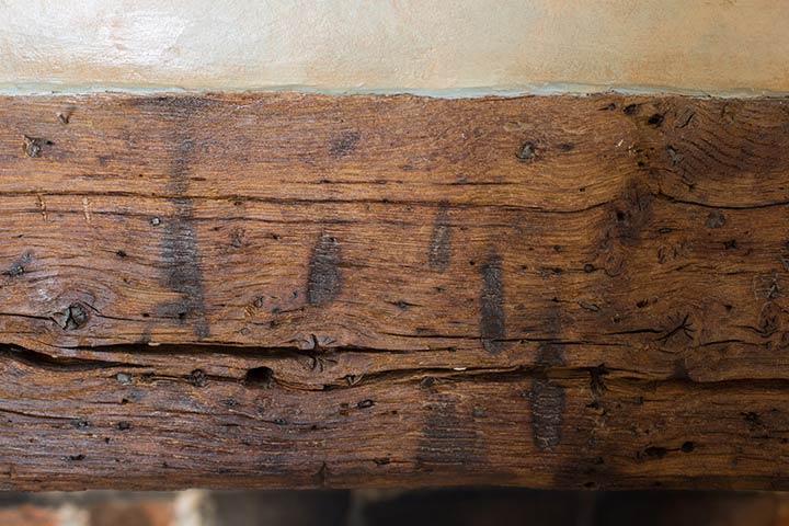 scorch marks fireplace oakbeam
