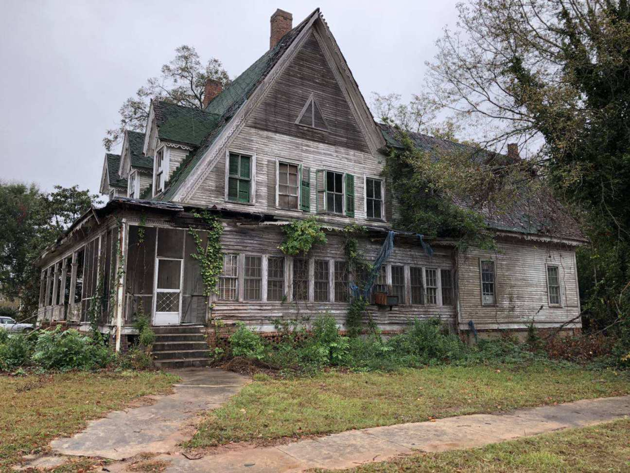 Georgia 1876 Gothic Revival Fixer Upper
