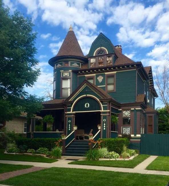 Illinois 1894 Queen Anne Victorian