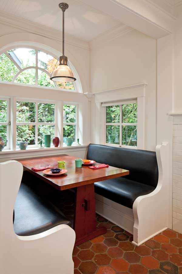 Efficient Makeover For An Early 20th Century Kitchen