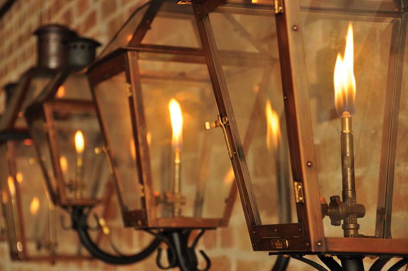 Mengenal Sejarah adanya Lampu Jalanan