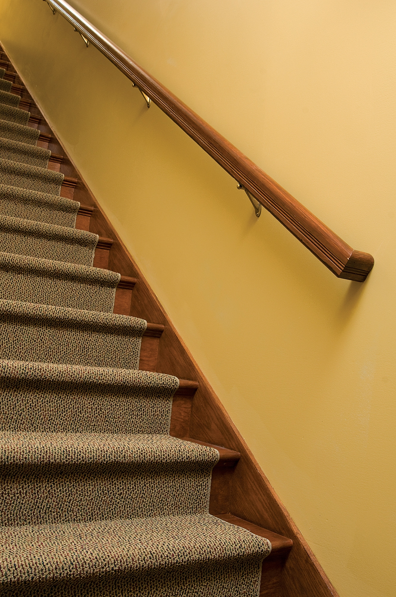 How To Hang A Stair Rail Old House Journal Magazine | Interior Handrails For Steps | Aircraft Cable | Wrought Iron | Western | Closed Staircase | Stair Bannister