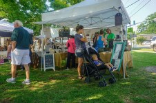 Farmers Arts Metairie Market 26 | Old Metairie Garden Club