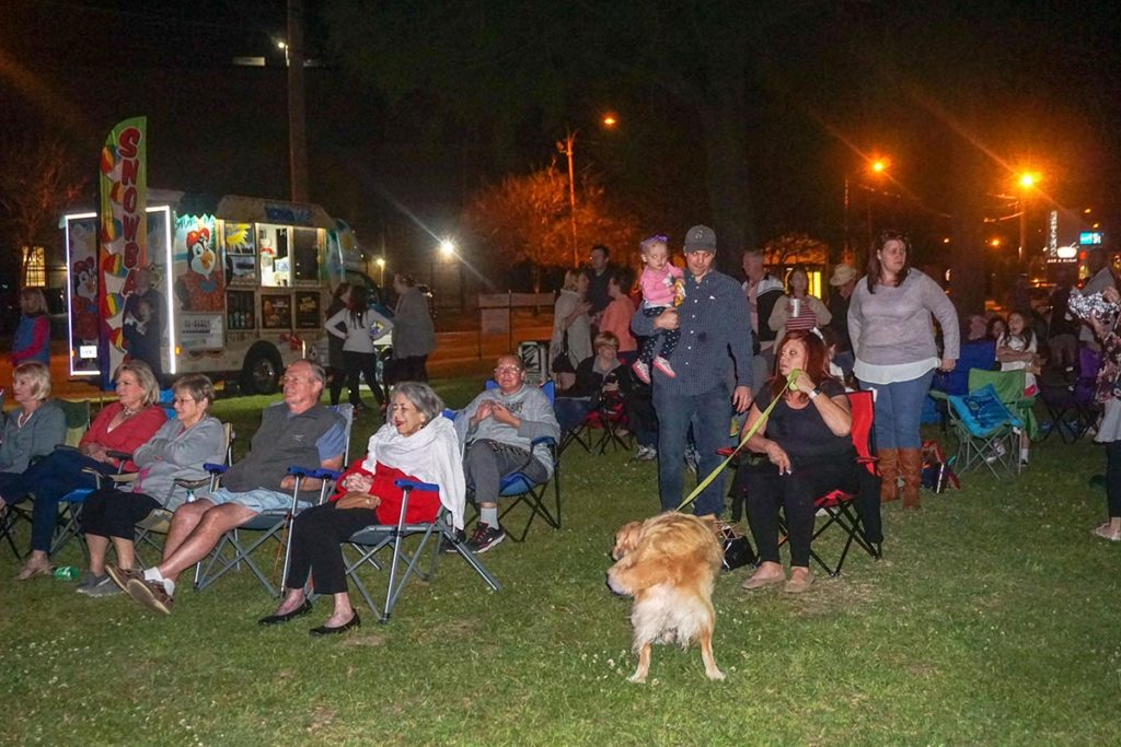 OMGC Movie Night Photo 20 | Old Metairie Garden Club
